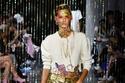 اكسسوارات مميزة ومختلفة  في عرض أزياء Area في أسبوع الموضة في نيويورك
