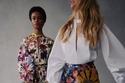 أزياء مزينة بالورود من مجموعة  Oscar de la Renta لخريف 2021