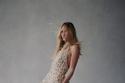 فستان بتصميم شبكي من مجموعة  Oscar de la Renta لخريف 2021