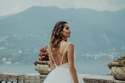 فساتين زفاف متعددة الطبقات منفوش
