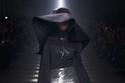 تنورة ماكسي مزينة بالترتر من مجموعة  Givenchy لخريف وشتاء 2020