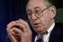 رحل الكاتب والمفكر الأمريكي ألفين توفلر عن عمر يناهز 87 عاماً