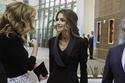 تنسيق البليزر الأسود بطريقة الملكة رانيا العبد لله