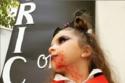 ابنة أسما شريف منير بإطلالة مصاصة دماء مرعبة في حفل الهالوين