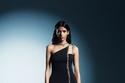فستان يحمل تصاميم David Koma الشهيرة لخريف 2021
