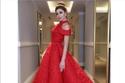 ميريام فارس بفستان أنيق باللون الأحمر