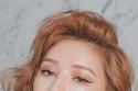 مكياج عيون كورية بدرجات الألوان الترابية