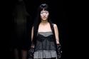 فيرا وانج  تقدم مجموعة غامضة  لربيع 2020 في أسبوع الموضة  بنيويورك