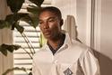 أزياء  للرجال باللون الأبيض من مجموعة  Ralph Lauren لربيع 2021