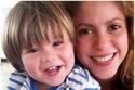ابنا شاكيرا وبيكيه يسرقان الأضواء من والديهما في أول ظهور بعد المرض!