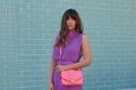 تنسيق ألوان النيون مع الحقائب