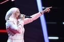 نجمة ذا فويس تفاجئ الجمهور بخلع الحجاب وتكشف السبب وراء هذا القرار