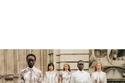 إطلالات باللون الأبيض مزينة بالأزهار من مجموعةErdem ريزورت 2021
