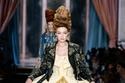 مجموعة أزياء moschino  لخرف وشتاء 2020
