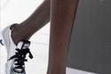 أحذية رياضية بكعب من Miu Miu