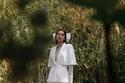 بدلة زفاف ببنطلون واسع من جورج شقرا