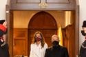 الملكة رانيا مع الملك عبد الله بفستان من Jennifer Chamandi