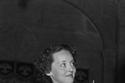 النجمة بيت ديفيس ارتدت فستاناً قديما في أوسكار 1936 ظنا إنها لن تربح