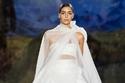 أجمل فساتين الزفاف الفاخرة  للعروس العصرية من عروض أزياء 2020