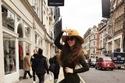 ميريام فارس على طبيعتها في شوارع لندن