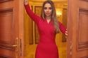 الفستان الأحمر المفضل لدى النجمات استلهمي إطلالتك في ليلة عيد الحب