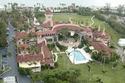 يقضون عطلتهم الأسبوعية في منتجع دونالد ترامب Palm Beach بفلوريدا
