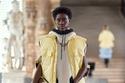 إطلالة أنيقة بأزياء متنوعة من مجموعة Louis Vuitton لخريف 2021
