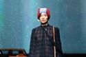 فستان حرير كاروهات من مجموعةCoach ريزورت 2022