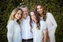 العائلة الملكية الأردنية تطل بالأبيض