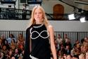 فساتين 3D في عرض أزياء JW Anderson في أسبوع الموضة في لندن