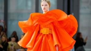 مجموعة أزياء Carolina Herrera بالألوان لخريف وشتاء 2020