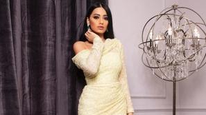 صور رحمة رياض تنافس بقوة نجمات الخليج في الأناقة بفساتين ساحرة