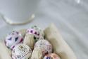 البيض الملون برسومات الربيع والورود لشم النسيم