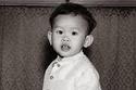 ولد في العاصمة التايلاندية بانكوك في 28 يوليو عام 1952