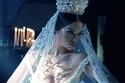 تيجان عروس ملكية فخمة من مصممة الاكسسوارات الألبانية فريدا