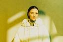 إطلالة شورت من مجموعة Moncler 1952 لربيع وصيف 2021