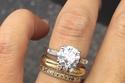 خاتم الخطوبة بالشكل البيضاوي البلاتيني الون الماس