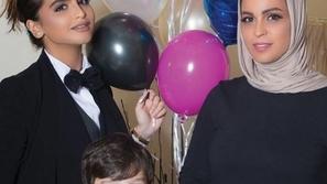 رد فعل منى السابر بعد تخلي ابنتها حلا الترك عنها والعودة لوالدها