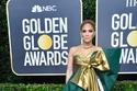 Jennifer Lopez بفستان من Valentino في حفل غولدن غلوب
