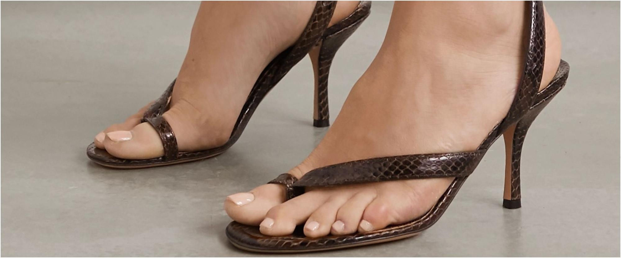 صنادل وأحذية ربيع وصيف 2021
