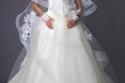 مجموعة فساتين الخطوبة والزفاف من إسبوزا