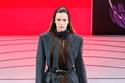 معطف صوف من مجموعة أزياء Prada