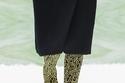 حذاء بوت بطبعة من Prada