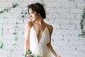 فساتين زفاف شيفون بأطراف ملونة