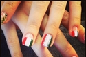 جربي أفكاراً رائعة لتطبيق مناكير يوم المرأة الإماراتية بلمساتك