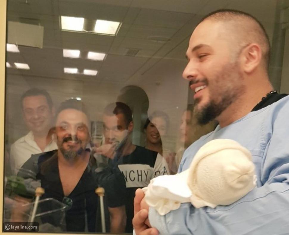 صور رامي عياش يستقبل طفلته الأولى أيانا في مراسم عائلية لافتة
