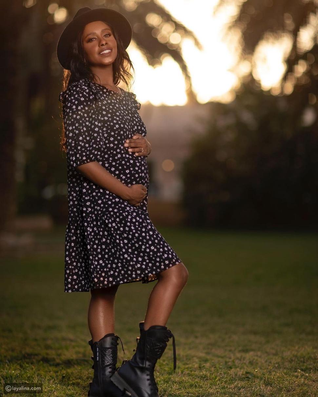 صور: الفنانة السعودية داليا مبارك تكشف حملها بطريقة خاصة