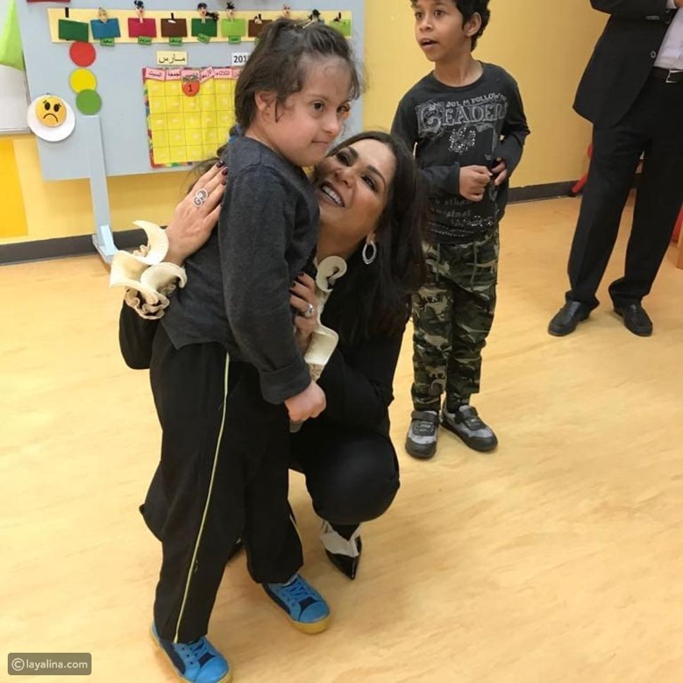 نوال الكويتية من زيارتها الإنسانية في أبو ظبي