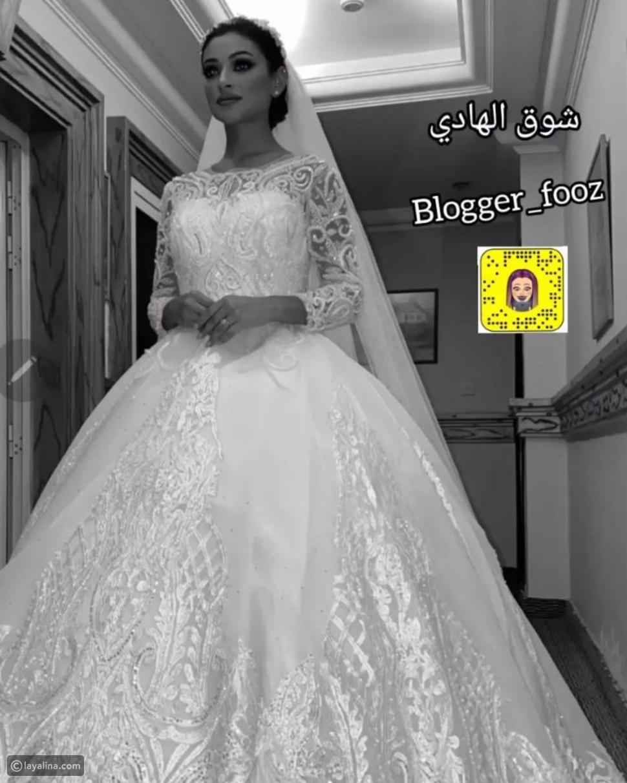 شوق الهادي بفستان الزفاف