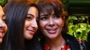 ابنة منى زكي تطل بنفس جلسة تصوير والدتها...جمالها الناعم يخطف القلوب